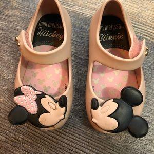 Size 5 mini Melissa